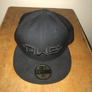 Alien workshop fitted new balance hat size 7 1/4